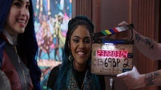 descendants 3: bloopers
