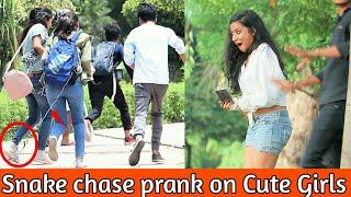 Epic SNAKE chase prank on CUTE GIRLS - INDIAN JERSEY GIVEAWAY || prank in india ||MindlessLaunde